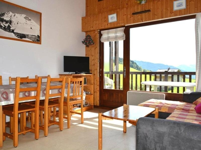 Appt 2 pièces / mezz 6 couchages GRAND BORNAND, holiday rental in Saint-Sixt