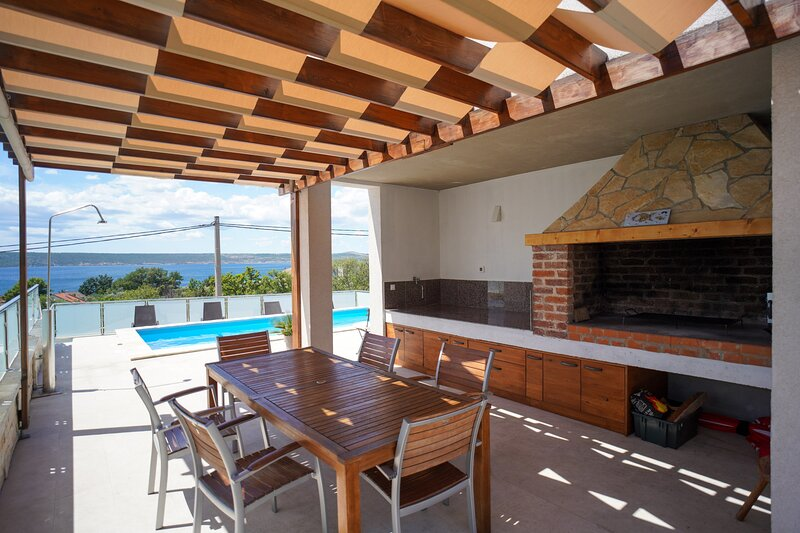 Villa with pool Anpero, vacation rental in Maslenica