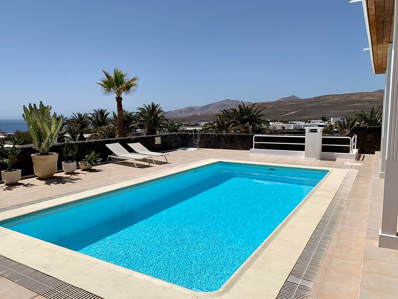 villa dois mares, vacation rental in Puerto Calero
