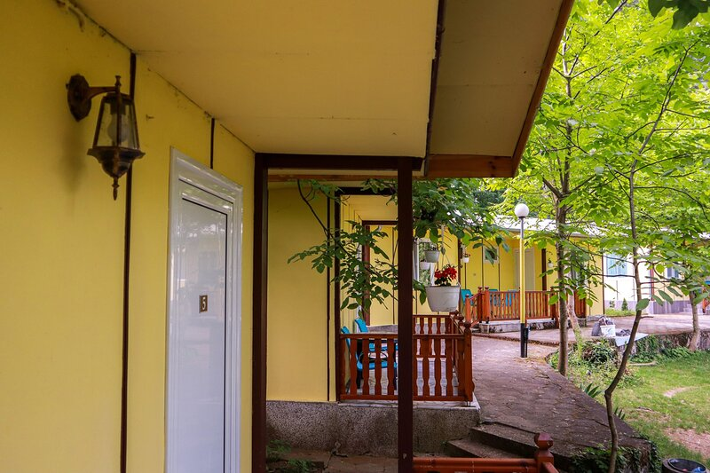 Perfect place for 2 or 3, holiday rental in Petrich