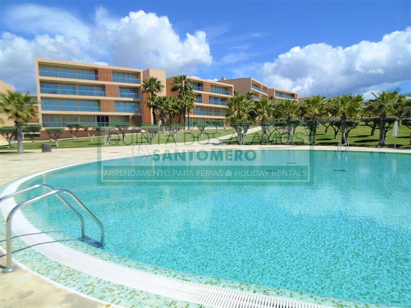 2 Bedroom Apartment Salgados, holiday rental in Guia