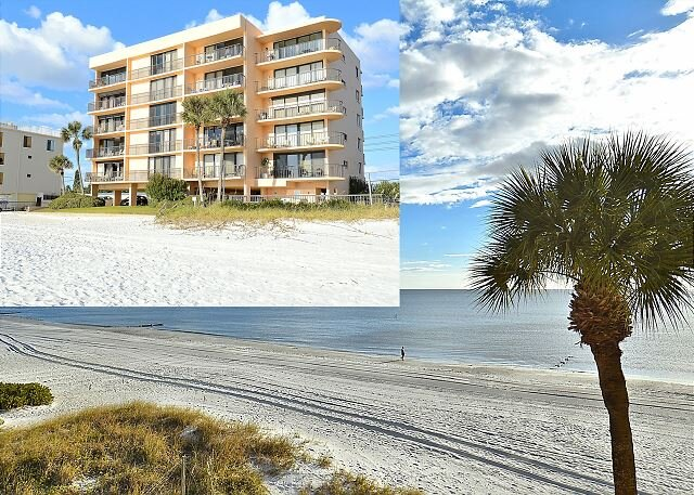 Trillium 2A Desired South Corner/Large Balcony/Beautiful Beach View!, location de vacances à Madeira Beach