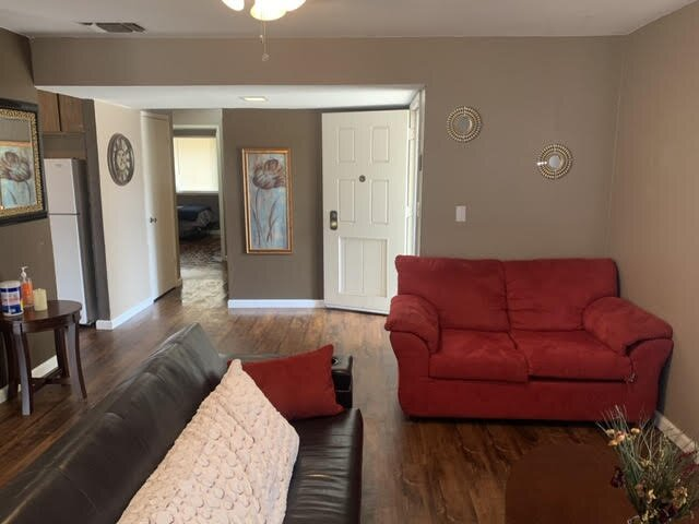 Cozy 2-bedroom home in Fresno, holiday rental in Fresno
