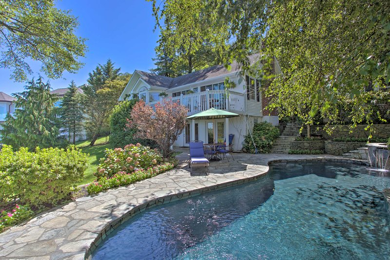 NEW! Sandy Hook Retreat w/Stunning Waterfront View, vacation rental in Highlands