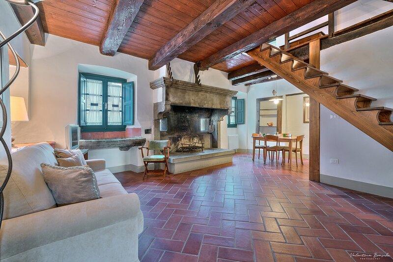 Castello di Sarna, Appartamento Cisterna, holiday rental in La Verna