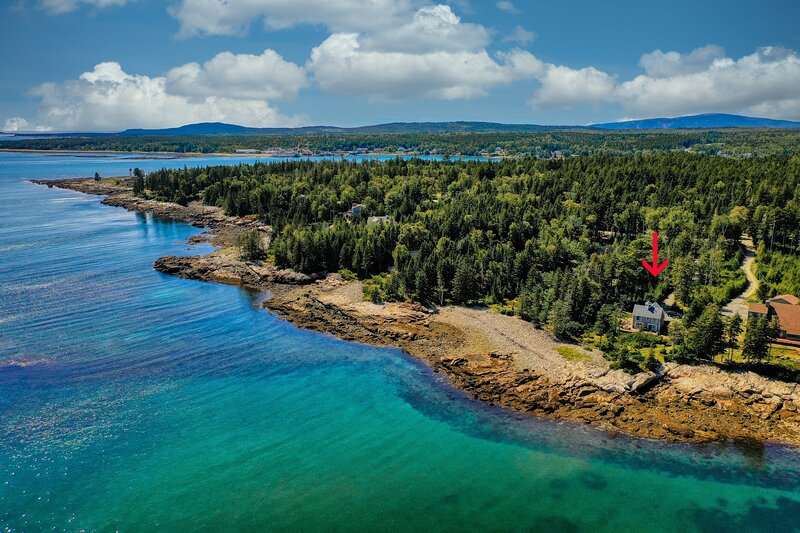 Beautiful waterfront home with spectacular ocean views – the perfect getaway!, vacation rental in Milbridge