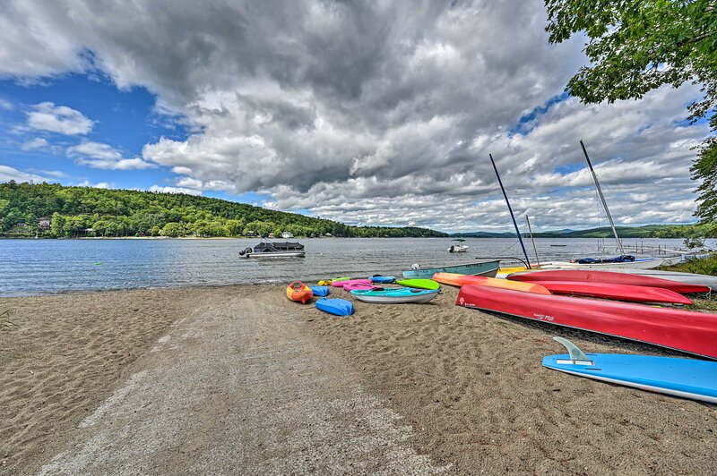 Rent a boat or bring your own to go for a paddle on the water.
