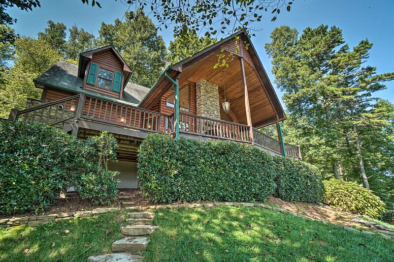 You'll love every minute spent at this top-of-the-line Hayesville cabin!