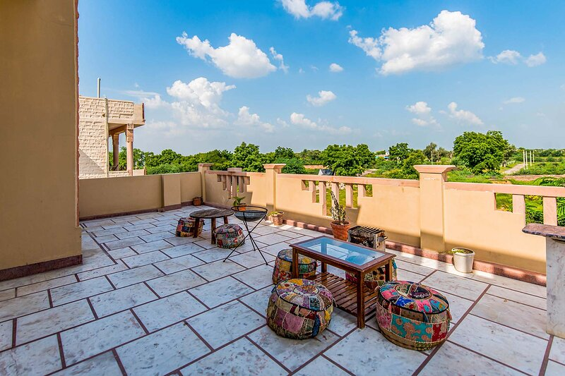 Anand Villa by Vista Rooms, vacation rental in Jodhpur