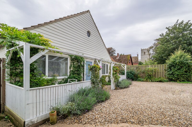 Betty's Cottage, holiday rental in Brancaster