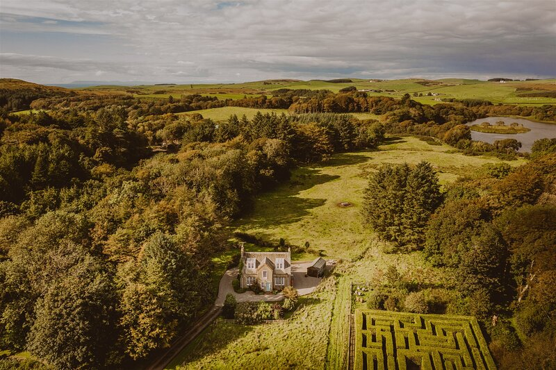 Rural Magic: Sumptuous Fern Forest House on 2000-acre Private Estate by the Sea, holiday rental in Portpatrick