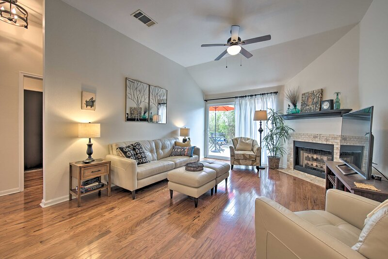 Chic Kyle Home w/Patio - 20 Mi. to DT Austin!, vacation rental in Kyle