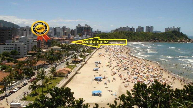 Praia do Tombo Pé na Areia com Vista para o Mar., location de vacances à Guaruja