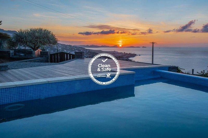 Villa Sunrise View by Madeira Sun Travel, holiday rental in Santa Cruz