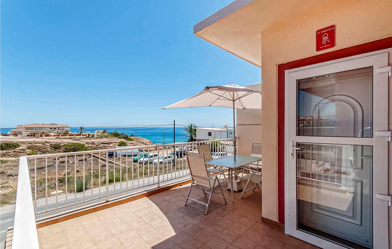 Beautiful apartment in Torrevieja with Internet and 3 Bedrooms (EBI334), holiday rental in La Mata