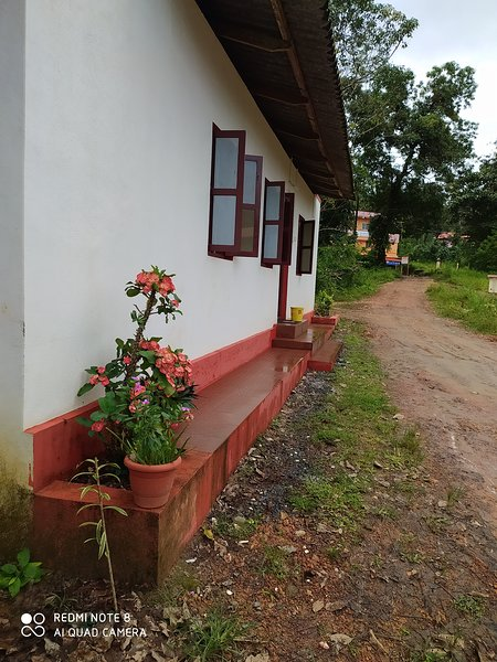 VANASIRI COTTAGE, alquiler vacacional en Dakshina Kannada District