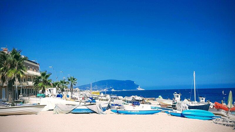 Spiaggia dei pescatori a Porto Recanati 10 km da casa