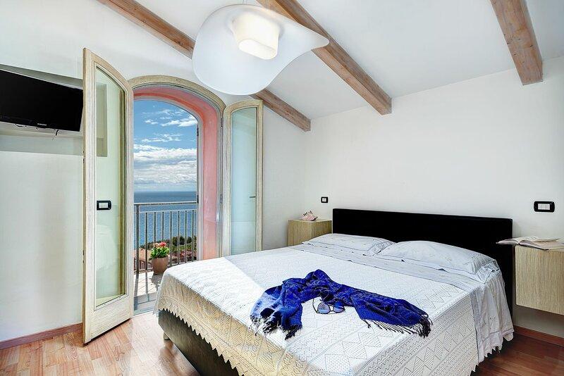 Lo Zaffiro Sul Mare, holiday rental in Nerano