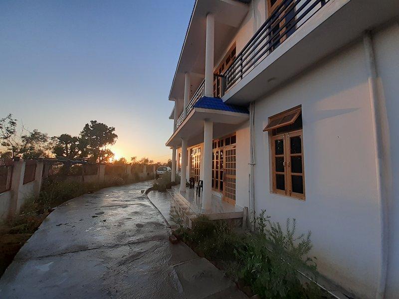La Maison, Bir, holiday rental in Lohna