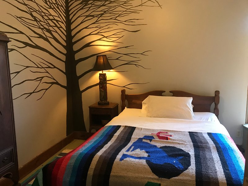 The Tree Room at Better Farm, alquiler de vacaciones en Brockville