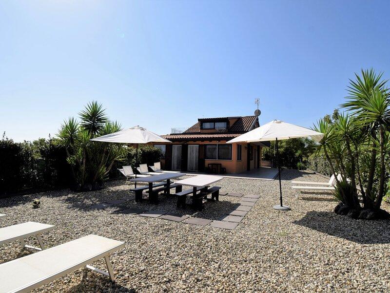 Arancio (ZAE100), holiday rental in Santa Venerina
