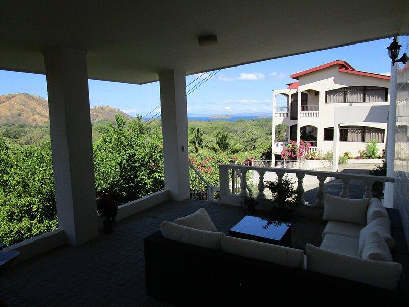Casa Tranquila Coco Beach 1 bed Studio 'Ylang Ylang', aluguéis de temporada em Artola