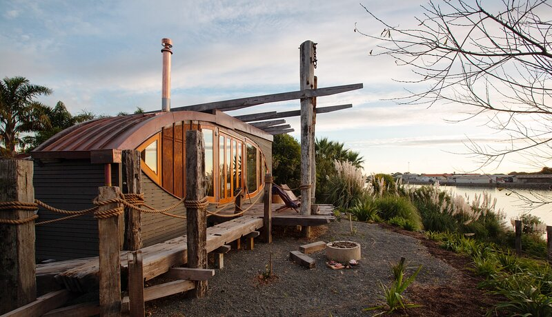 Iona Tiny House, holiday rental in Whanganui