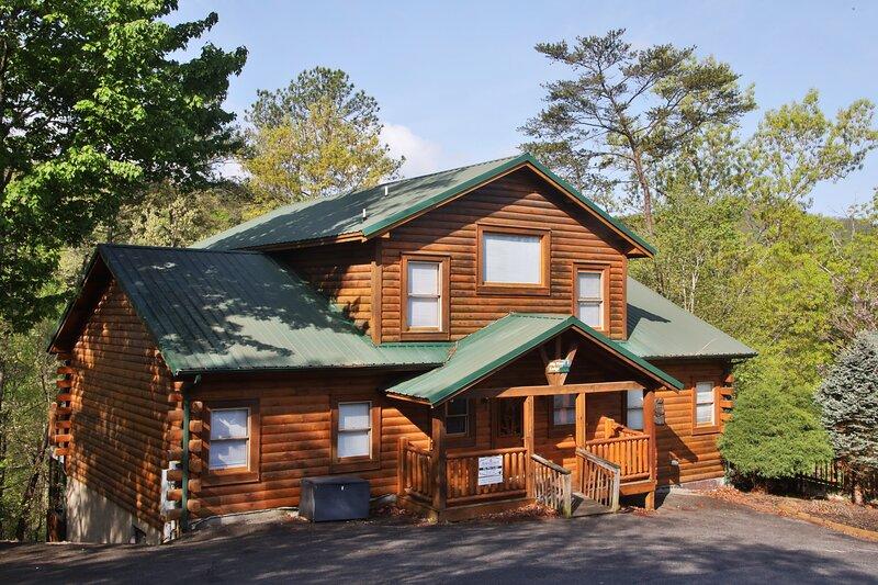 Big Pine Lodge, holiday rental in Pigeon Forge