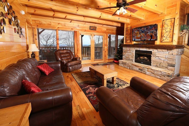 Couch,Furniture,Hardwood,Living Room,Room