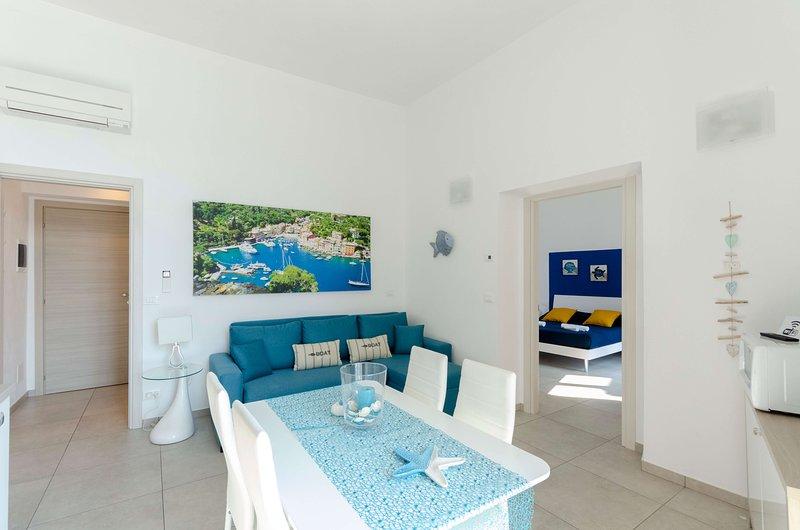 La Casa Rosa al Mare (Gold) apartment 1b/1b with balcony and parking, holiday rental in Coreglia Ligure