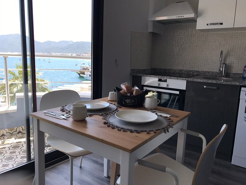 Trea Homes Marina Suite 4, holiday rental in Marmaris