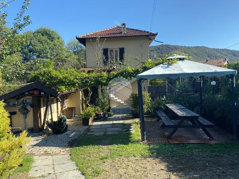 La casa dei 2 laghi, vacation rental in Prarostino