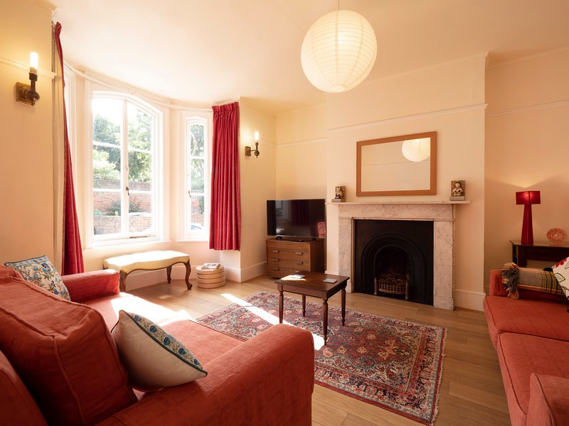 Vernon Place - Charming Victorian home only moments away from the High Street, holiday rental in Chartham