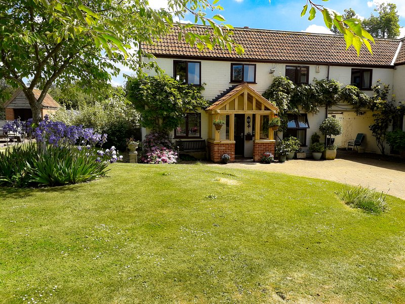 Berrys Place Farm Annexe, Churcham, holiday rental in Tibberton