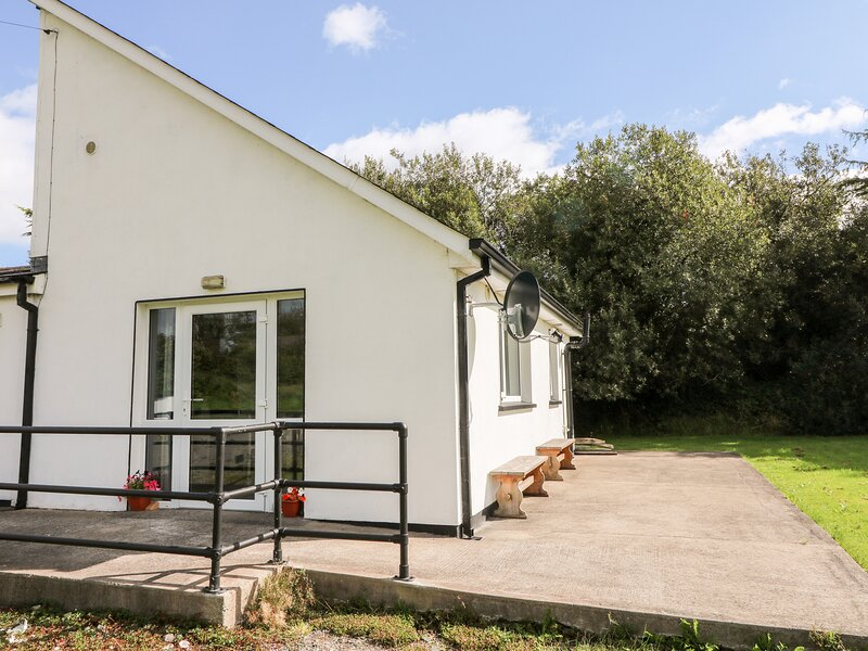 SeaChange Annexe, Ballygarrett, County Wexford, vacation rental in Ferns