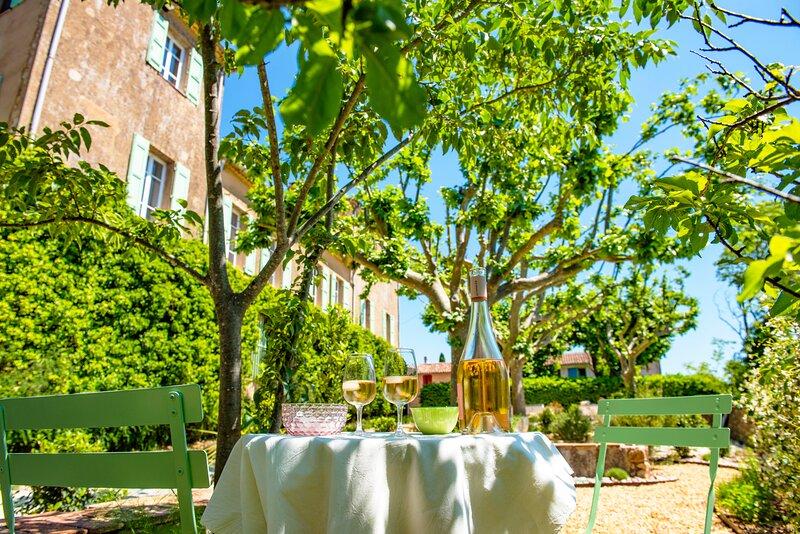 Bastide Saint-Estève, Maison d'hôtes de charme, holiday rental in Bras