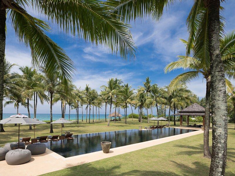 Villa Ananda - Infinity pool