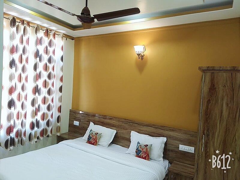 Sharma house, holiday rental in Lohna