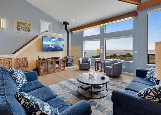 "New Listing! All-Suite ""Eagle's Nest"" w/ Hot Tub & Ocean Vistas, location de vacances à Bodega Bay"