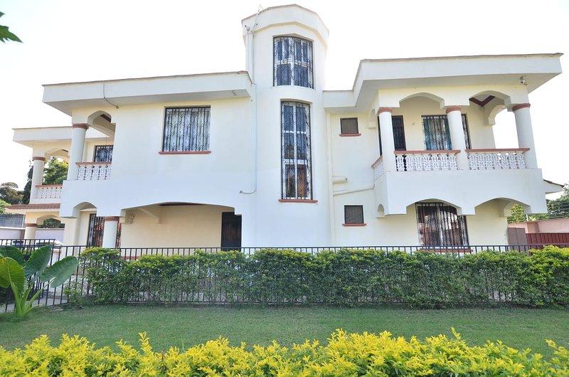 Mudzini Holiday Home0, location de vacances à Mombasa