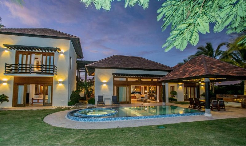 Family Villa with Private Pool, holiday rental in Cap Cana