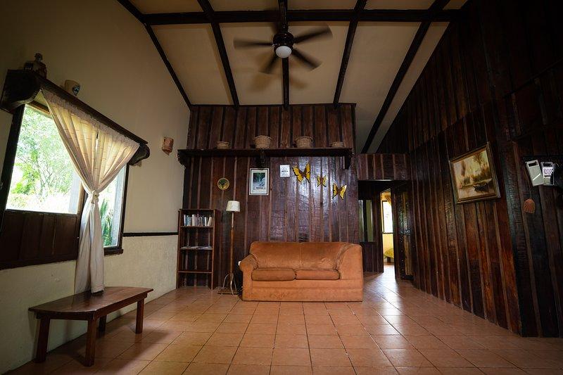 Pineapple House, holiday rental in La Tigra