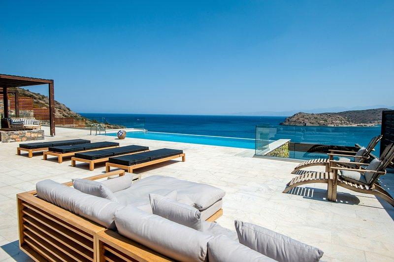 IVV Villas - Villa Dimitra, vacation rental in Plaka