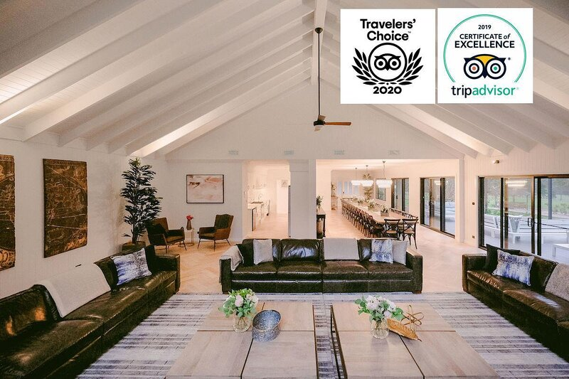 Hunter Valley Accommodation - Greystone Estate (9 Bedrooms) - Pokolbin - Sitting Room