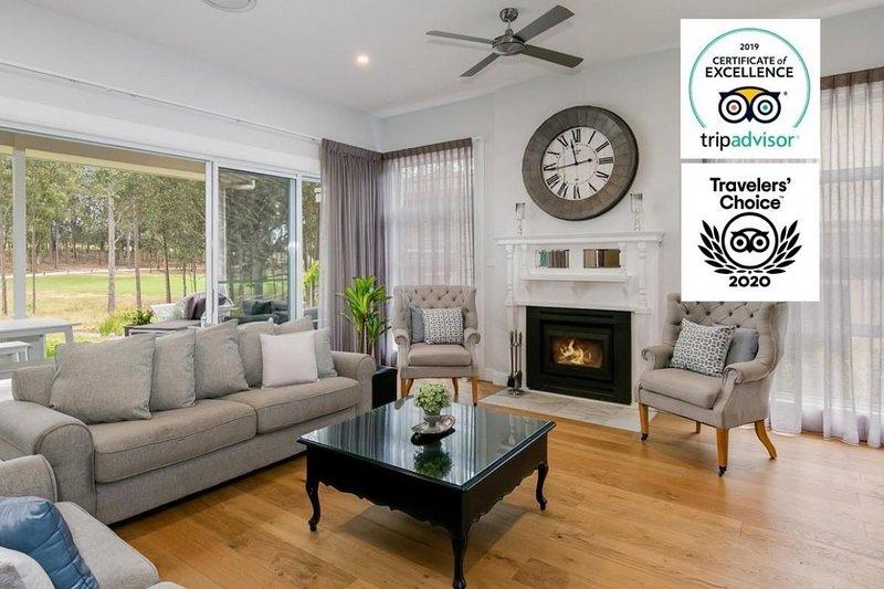 Hunter Valley Accommodation - The Grey House - Pokolbin - Sitting Room