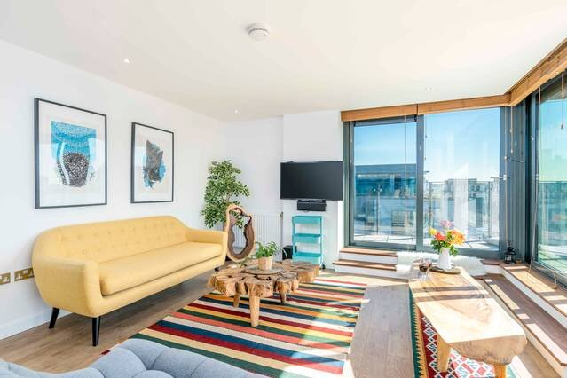 Elegant 1 bed apt in Tottenham with panoramic view, location de vacances à Chingford