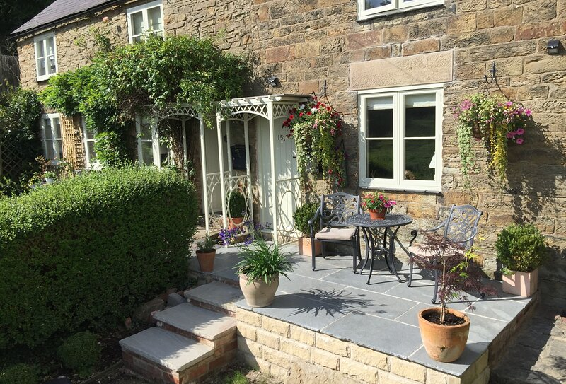 Jasmine Cottage (Derbyshire), holiday rental in South Wingfield