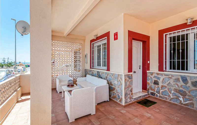 Stunning apartment in Torrevieja with WiFi and 3 Bedrooms (EBI333), holiday rental in La Mata