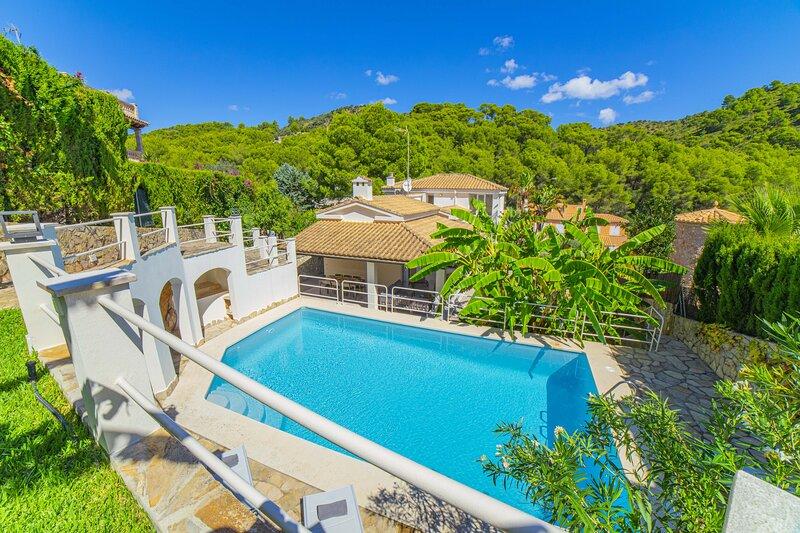 Villa Alcanada Sunrise, holiday rental in Alcudia