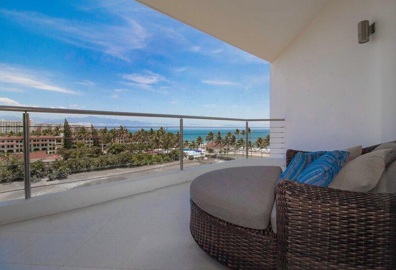 Ultra Modern Coastal View Condo 2 Bedroom 2 Bath, vacation rental in Nuevo Vallarta